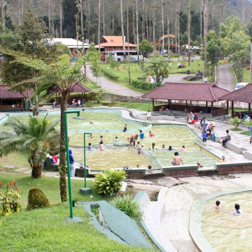 "OUTBOUND CIWIDEY EMTE HIGHLAND RESORT ""Beautiful place in Ciwidey"""